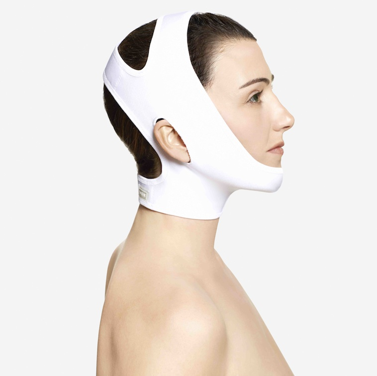 Compression Garment – Neck bandages after neck liposuction